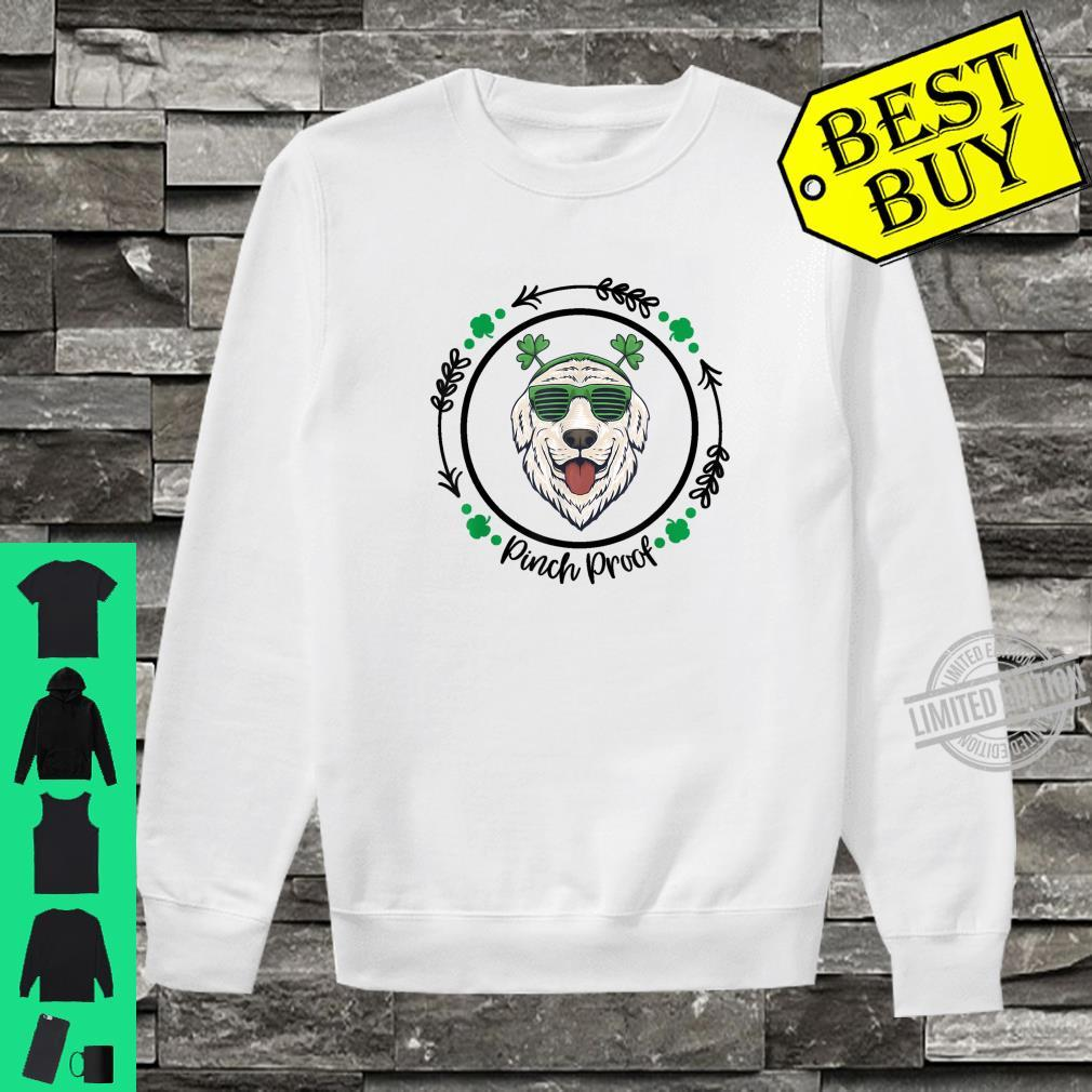 Golden Retriever Irish Creme Shamrock Dog St. Patricks Day Shirt sweater